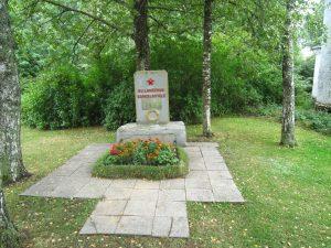 Sõdurite haud